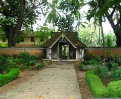 Package Tour To Kumarakom
